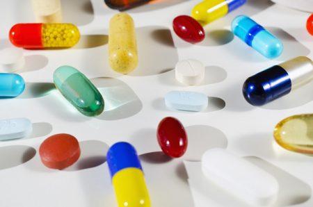 Công văn 16822/QLD-ĐK đính chính nguyên liệu thuốc được nhập khẩu không phải cấp phép nhập khẩu