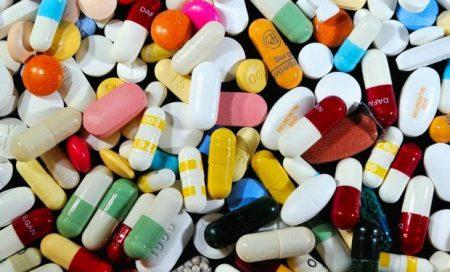Công văn 16919/QLD-ĐK công bố danh mục nguyên liệu thuốc phải thực hiện cấp phép nhập khẩu